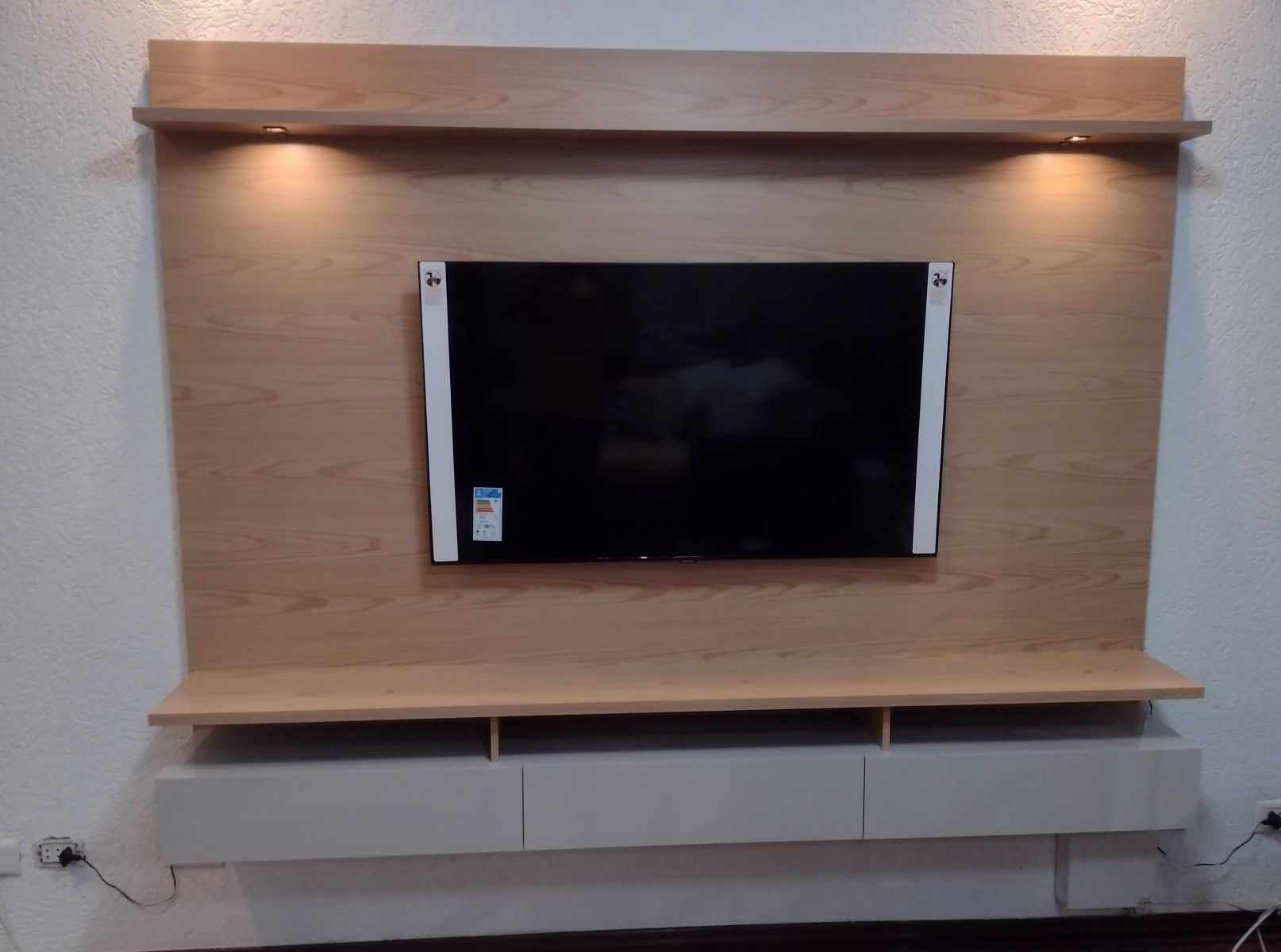 Painel e instalação de TV