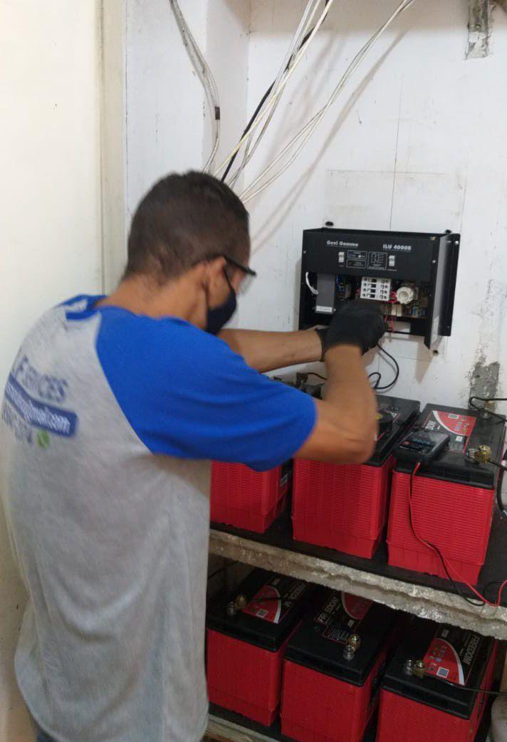 instalação de banco de baterias para circuito ilum
