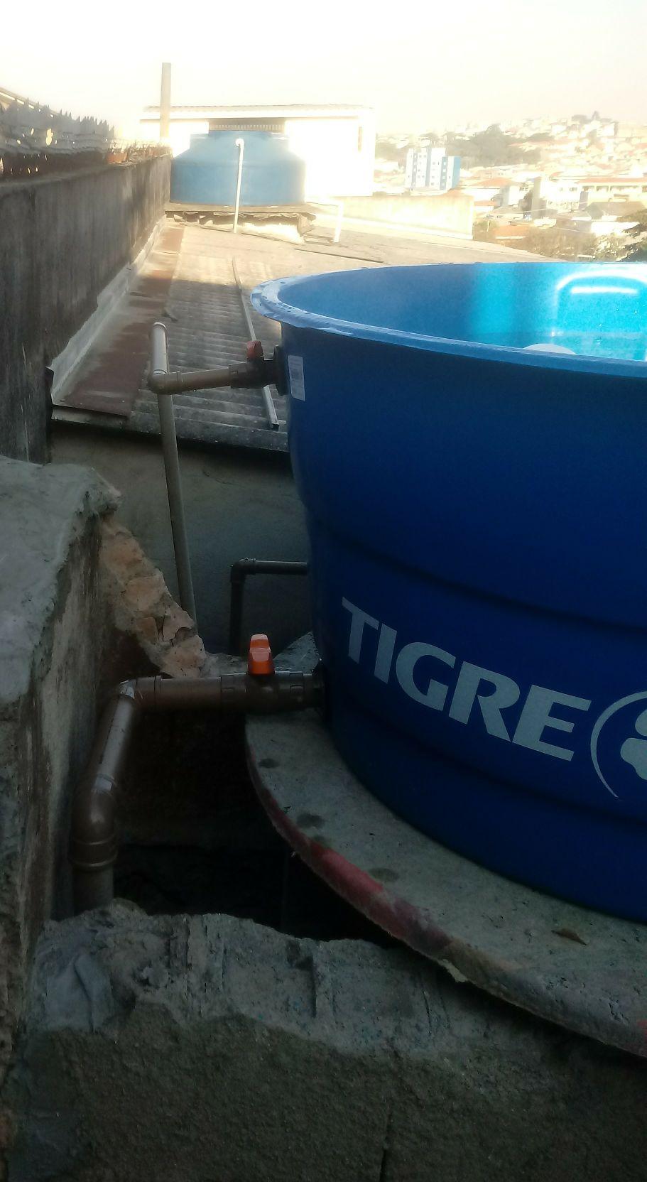 troca caixa d'água
