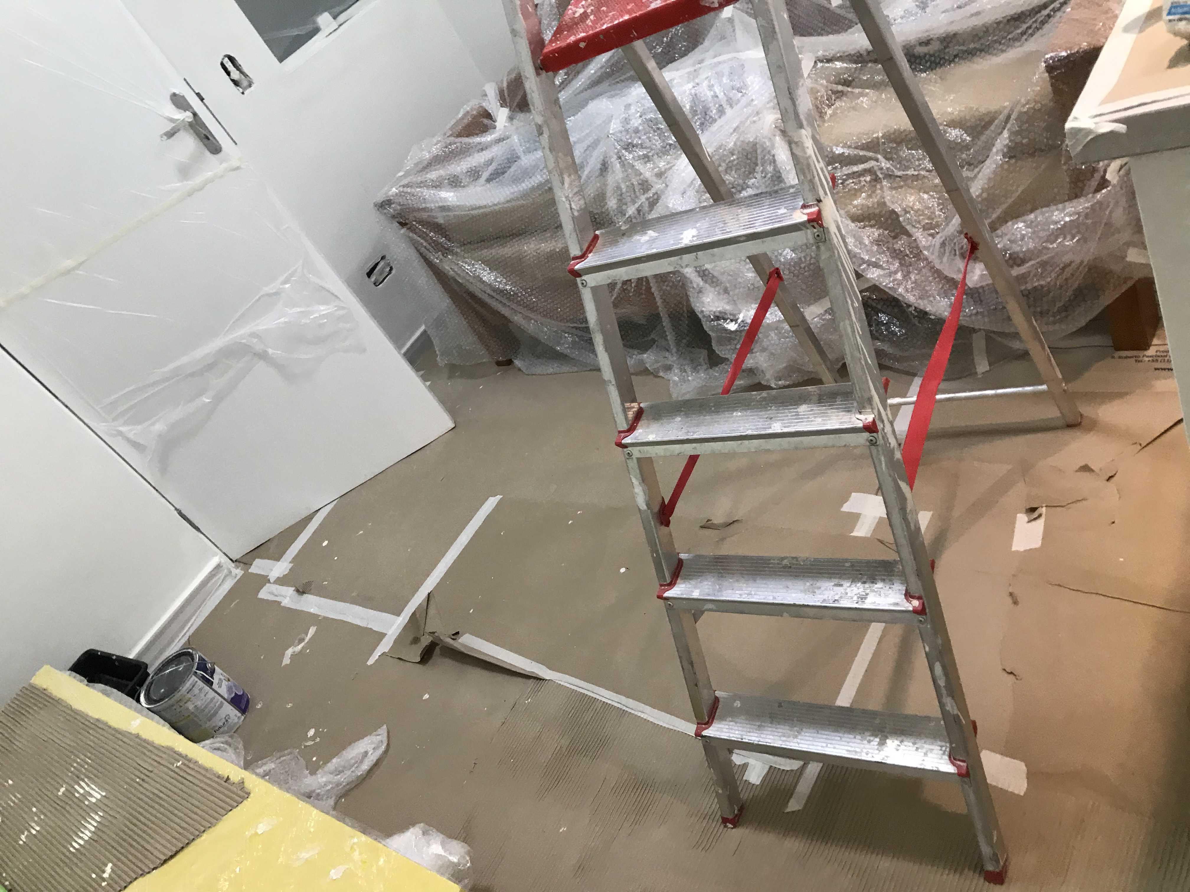 Proteção do piso e dos móveis do cliente