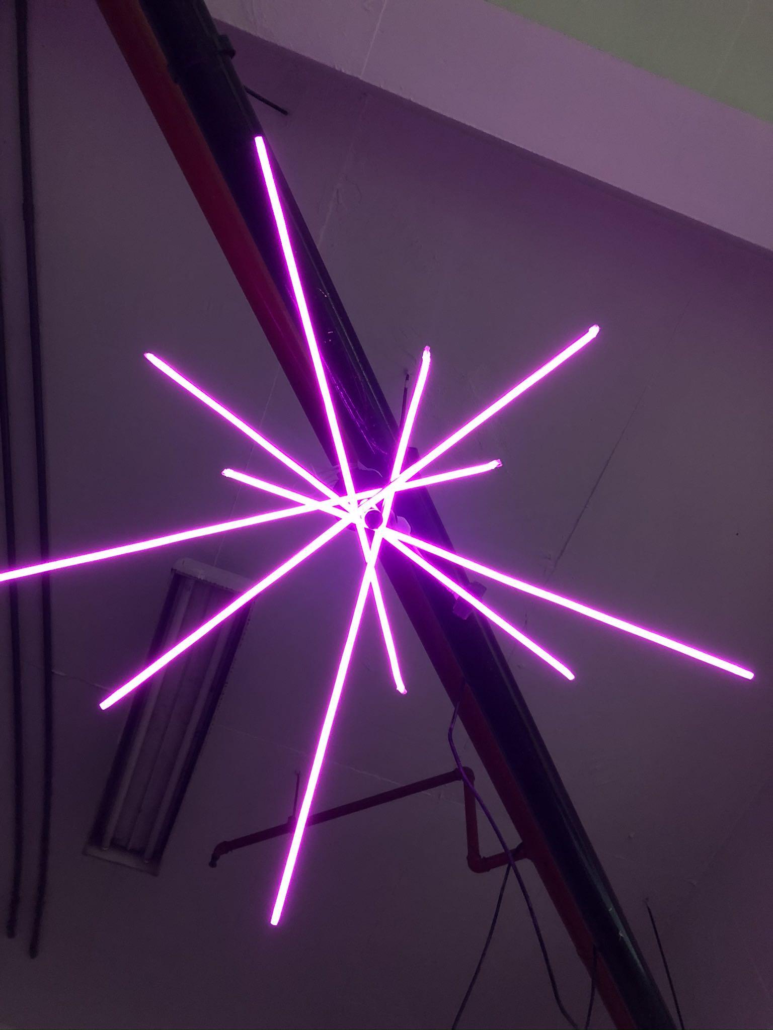 Luminária em Led Neon especialmente para EF2