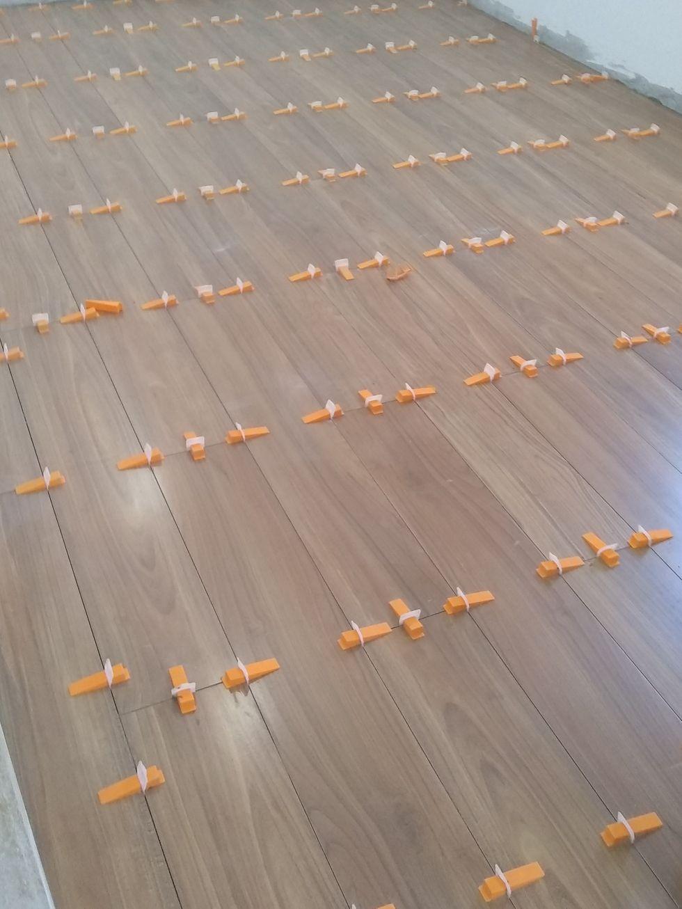 piso tipo madeira quarto