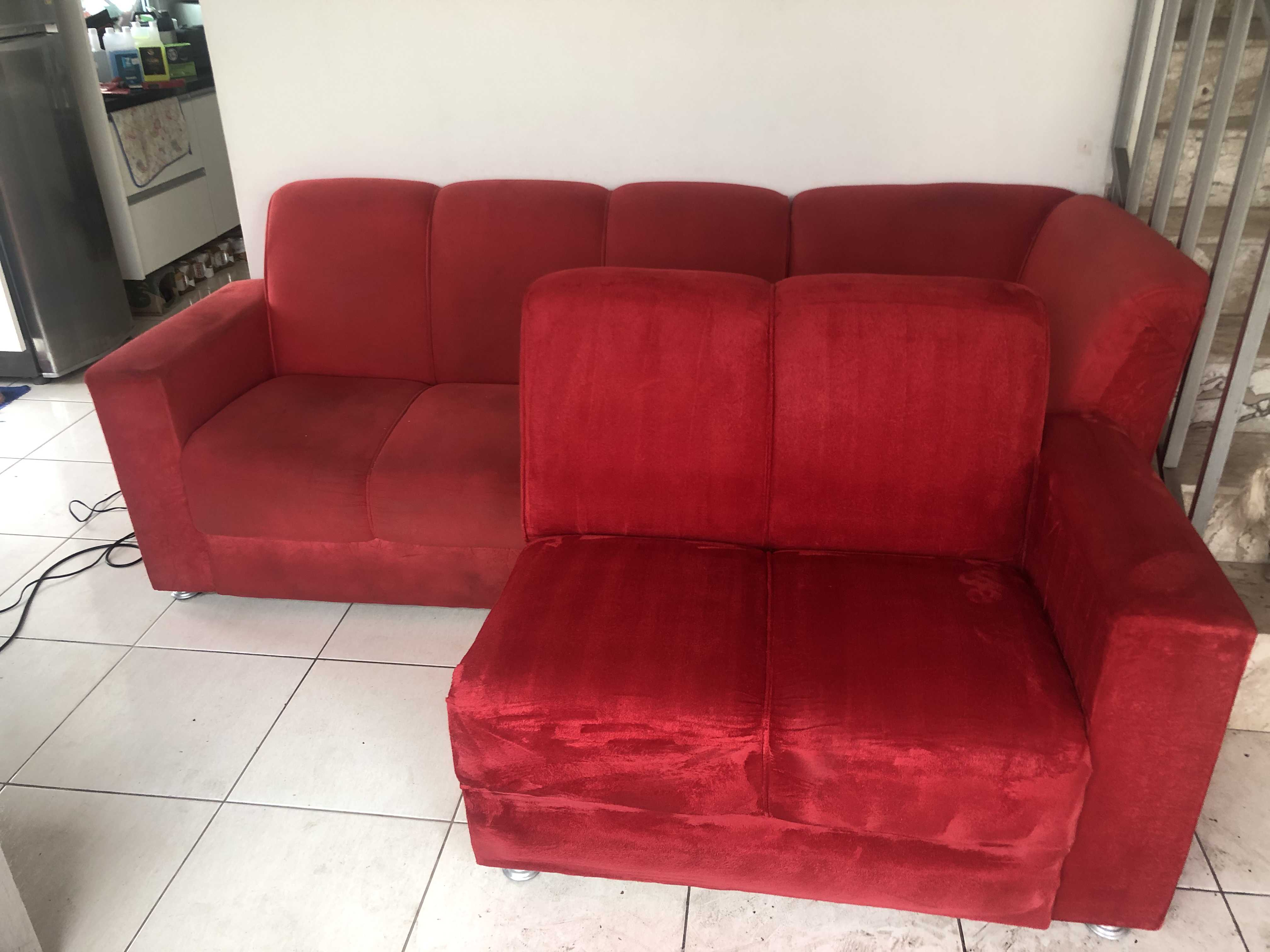 Sofá da Frente Totalmente Higienizado e sofá atrás sem estar Higienizado