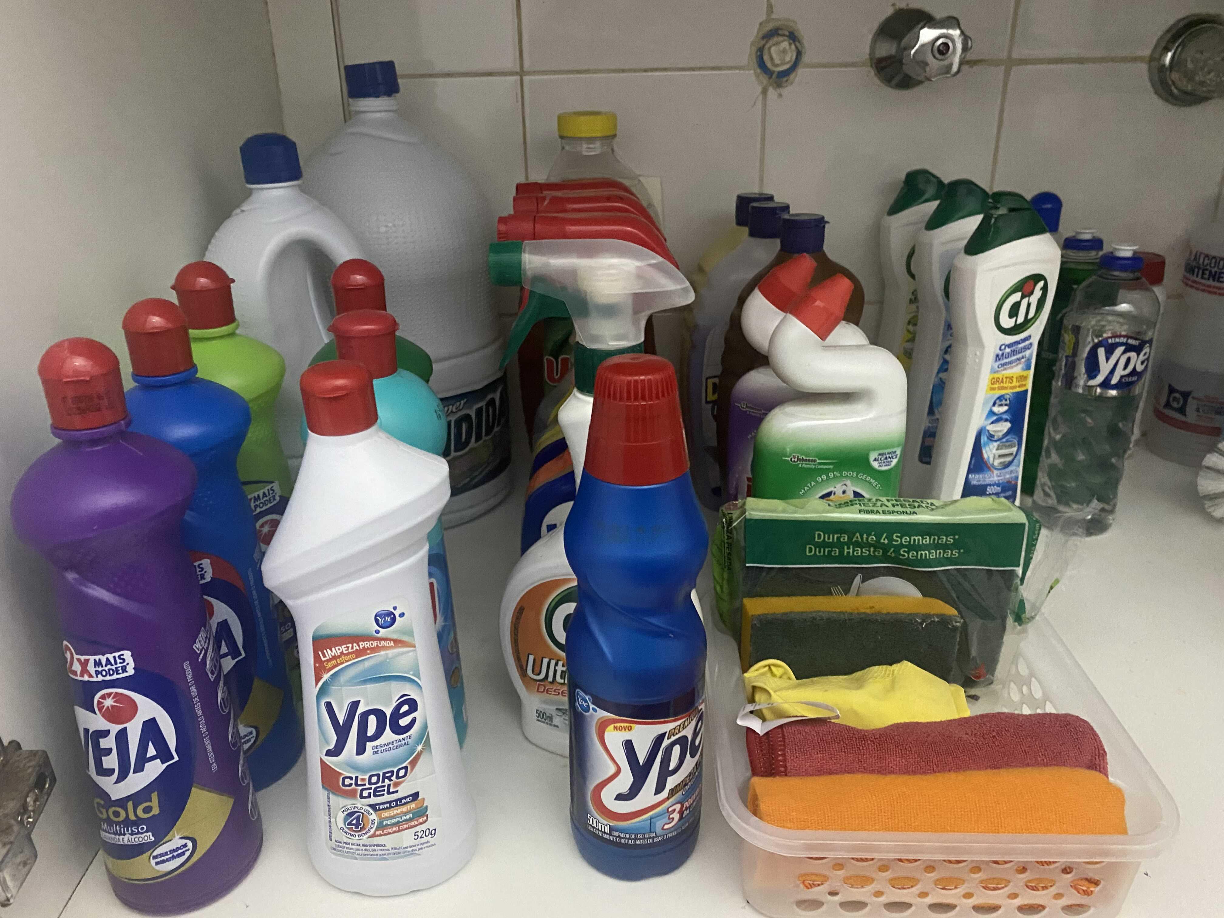 Organização área de limpeza