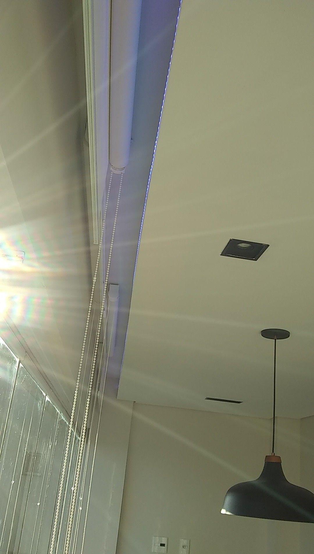 pintura e instalação de curtinas e iluminação