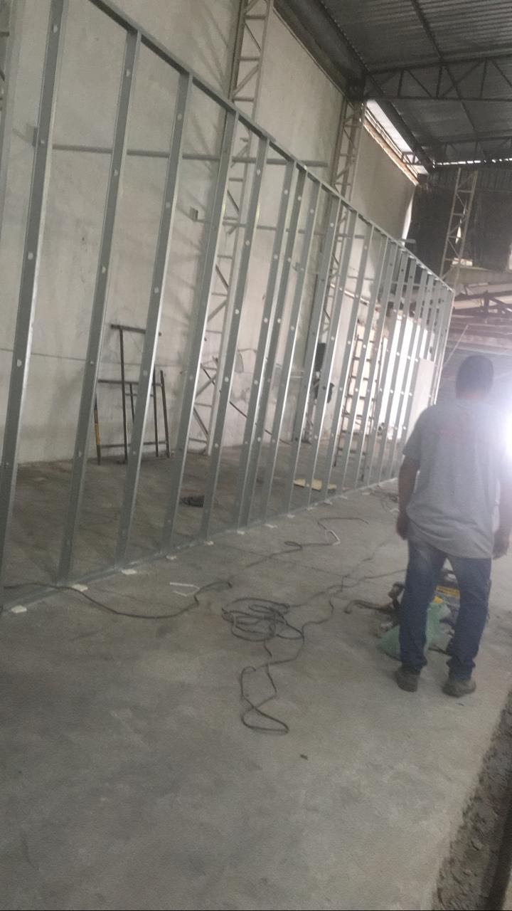 Estrutura de parede de drywall