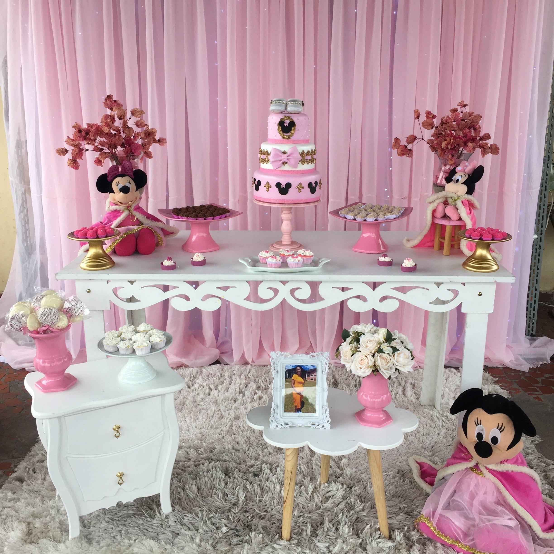 Minnie realeza rosa