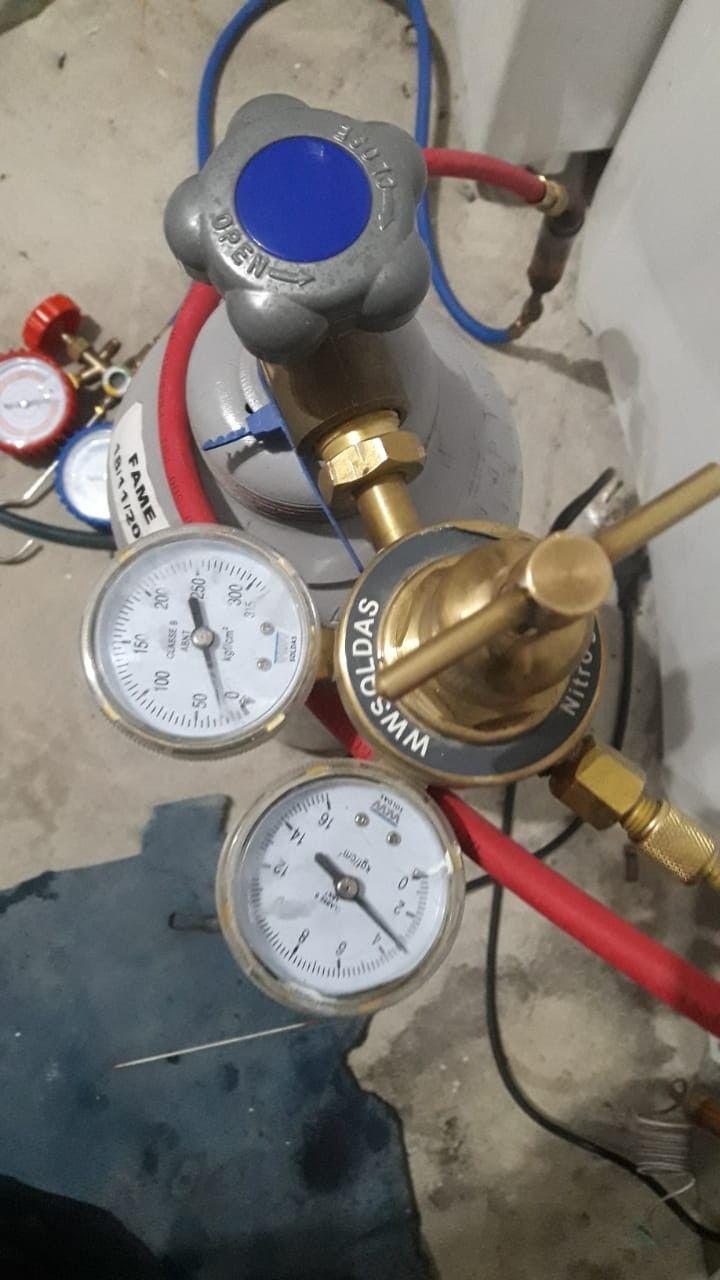 reposição de fluido refrigerante