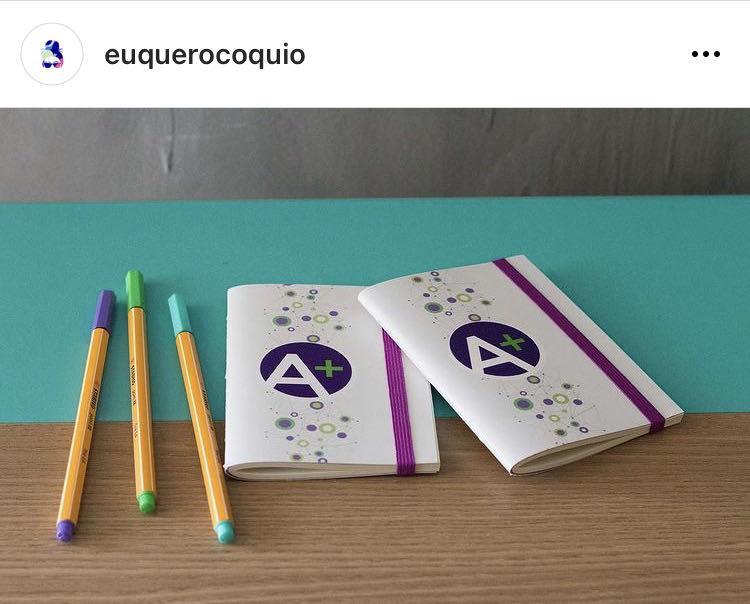 Cadernetas personalizadas/ brindes