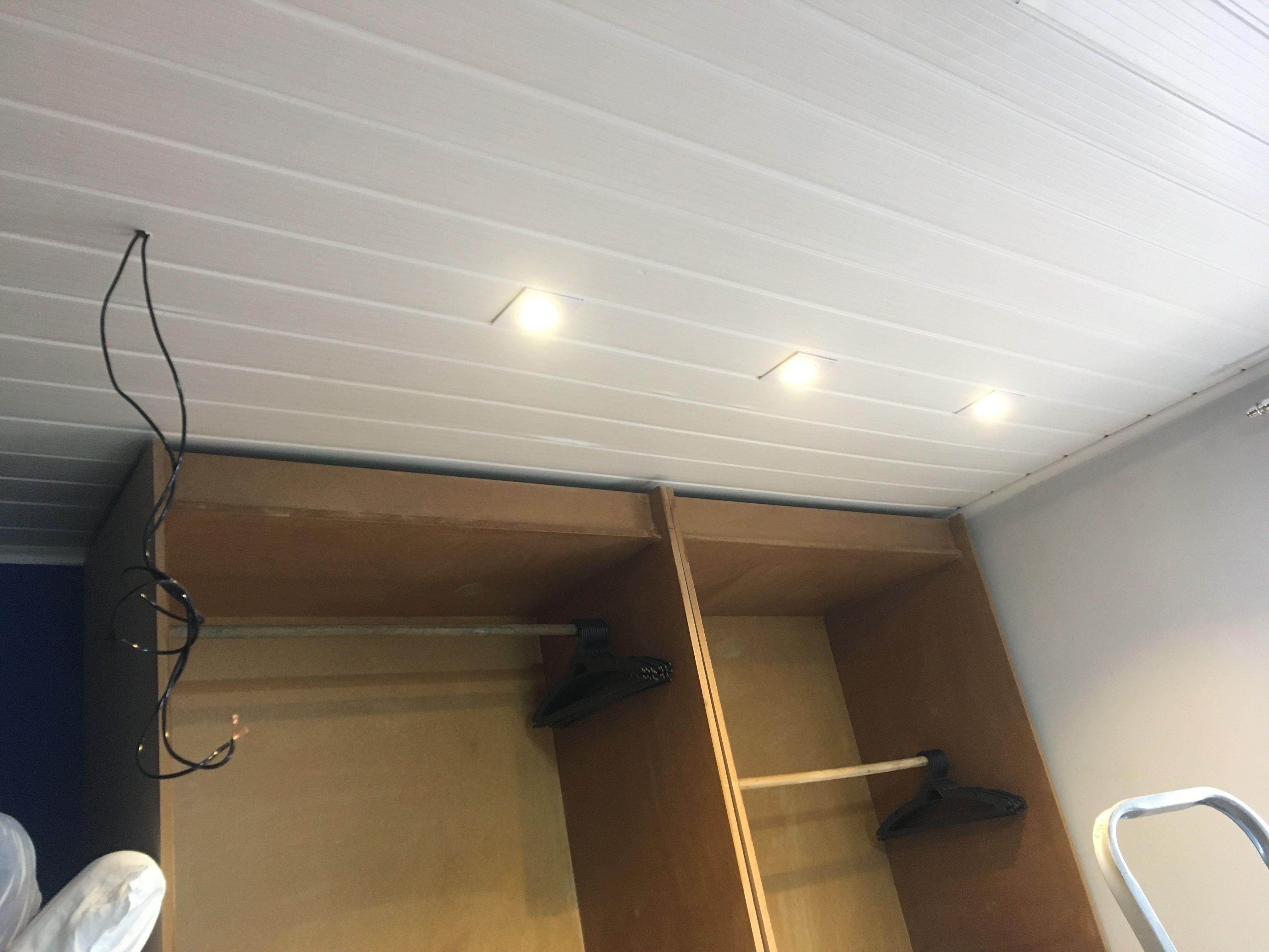 Instalação de Spots  LED em forro pvc