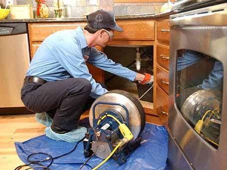 desentupimento de pia da cozinha e área de serviço