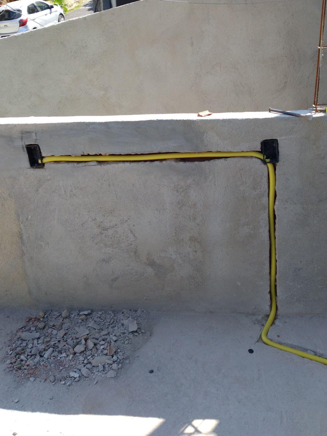 construção e reforma e instalação elétrica