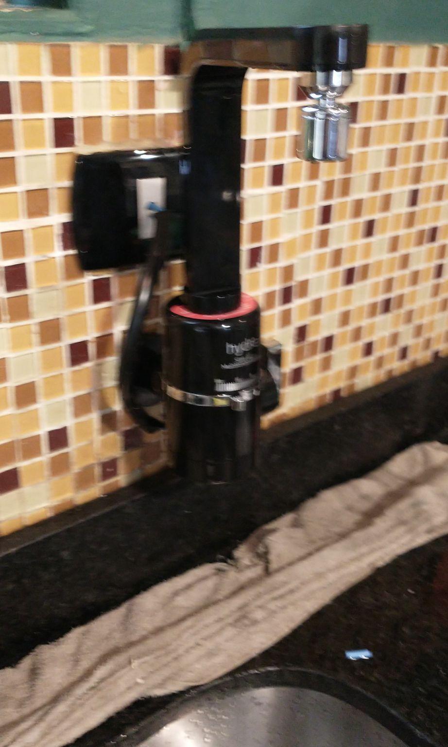 instalação de torneiras elétricas.