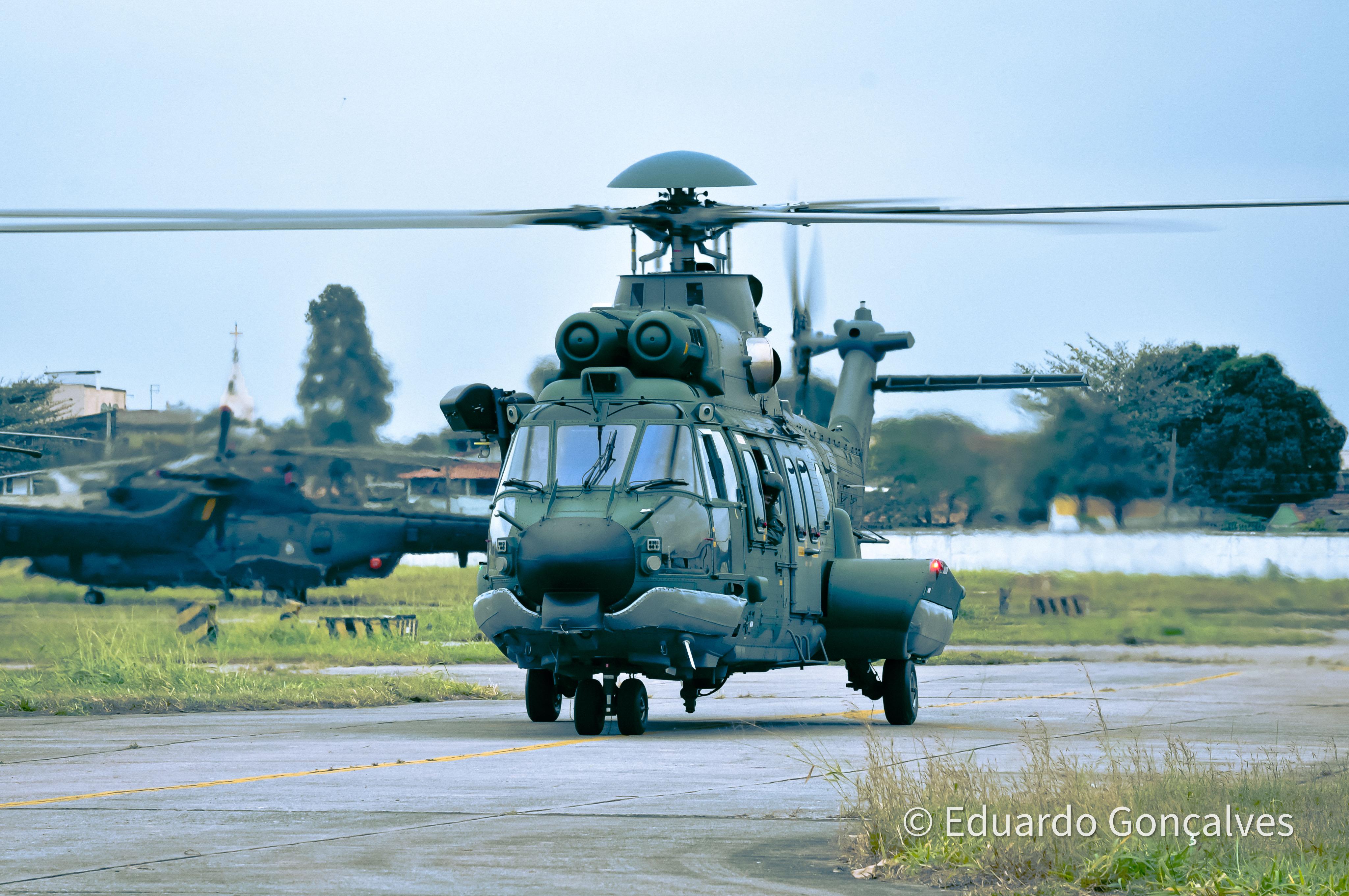 Fotografia de quando servi à Força Aérea Brasileira.
