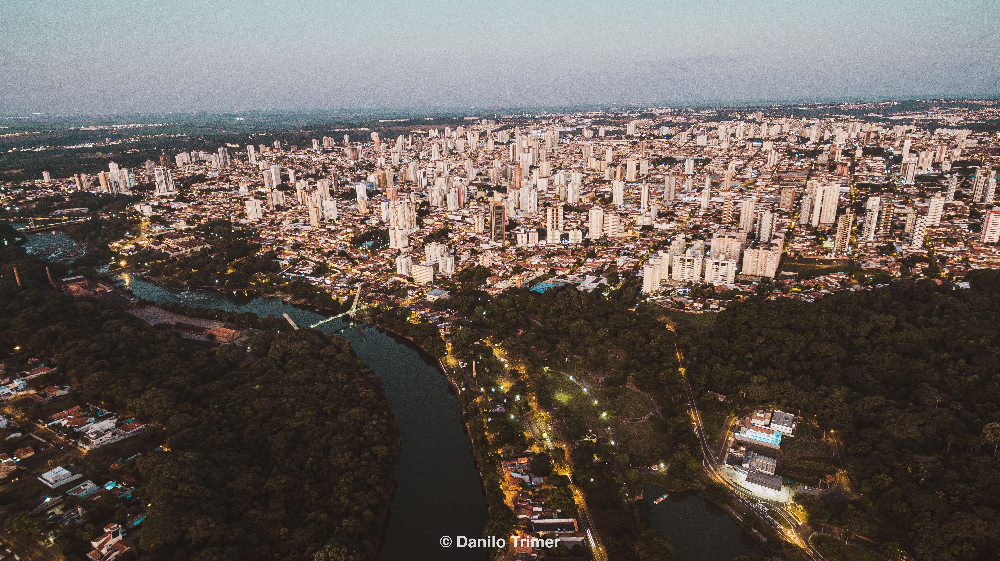 Foto aérea com drone