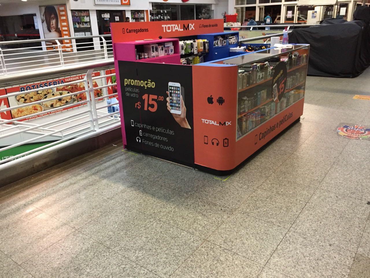 Envelopamento de quiosque em supermercado