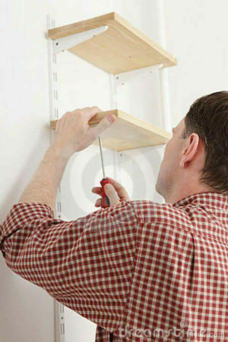 Instalação de prateleiras, quadros, suportes e etc