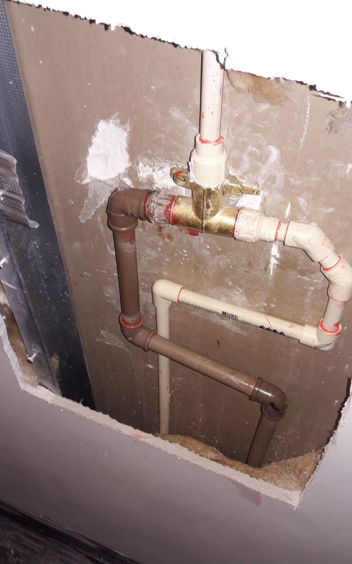 correção da instalação do chuveiro concluída.