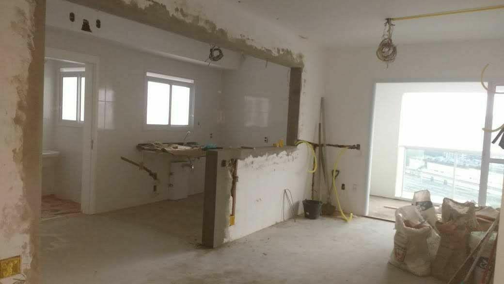Sala de apartamento início do serviço