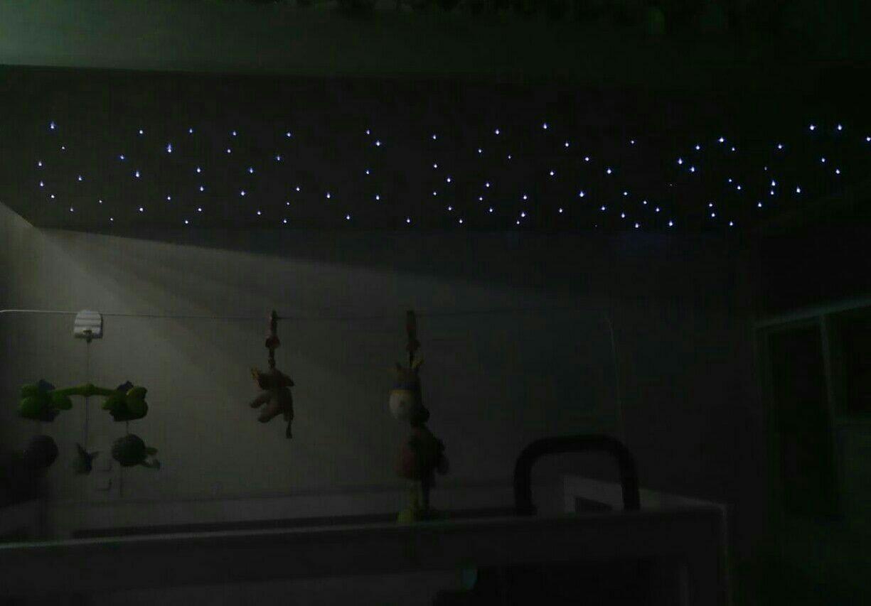 luzes ilistrativas de estrelas.