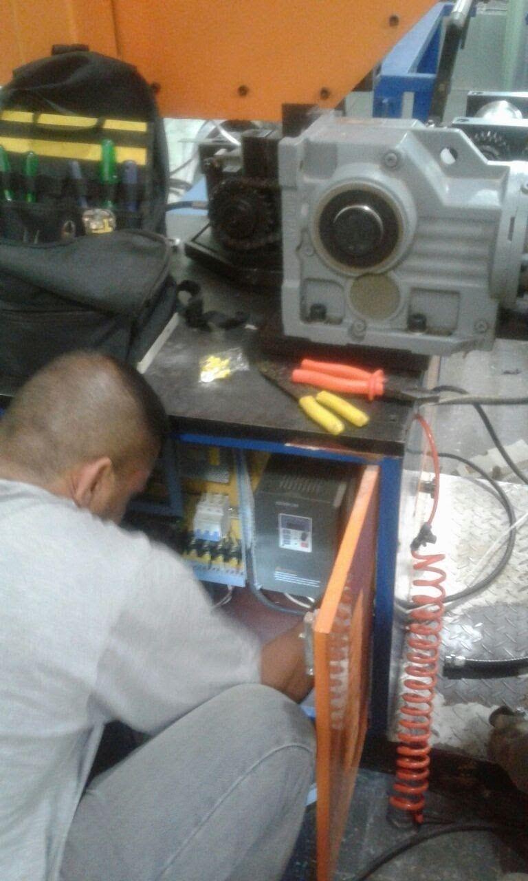 Circuito elétrico 380V máquina corte e dobra