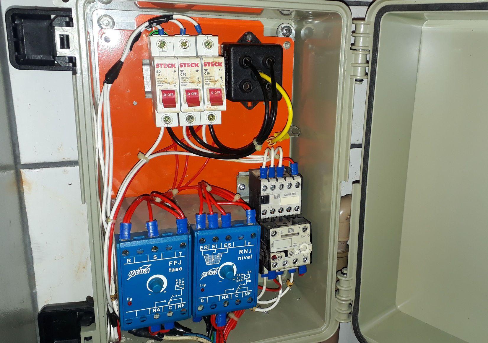 montagem eletrica   ,Manutenção e instalação .