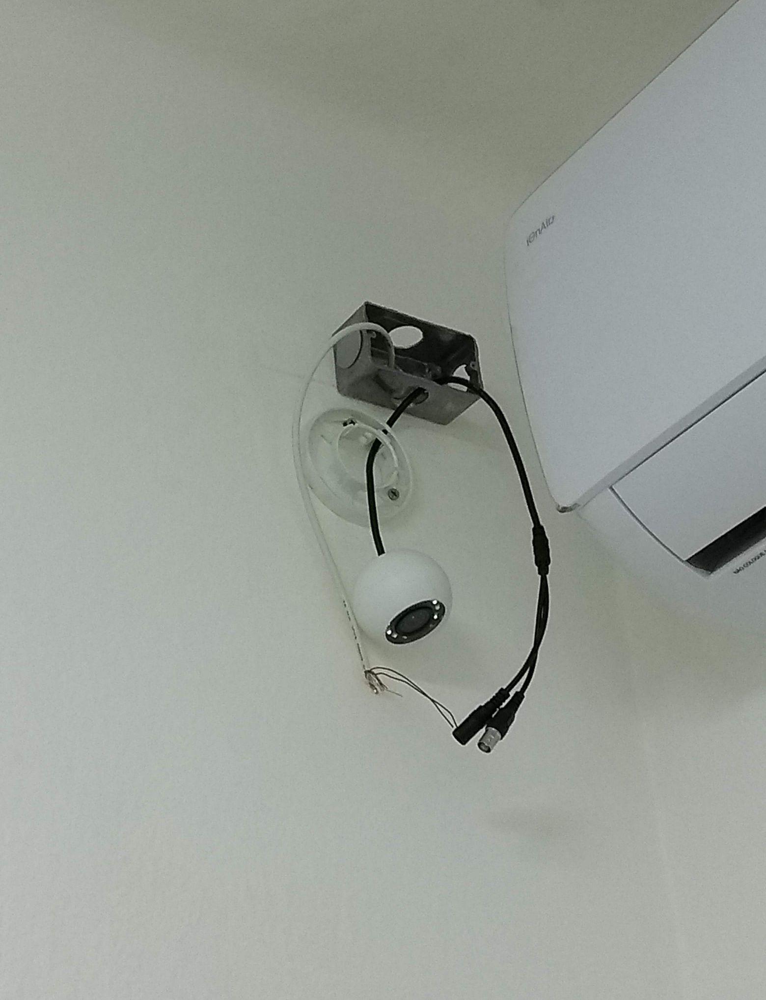 Finalizando a instalação das câmeras