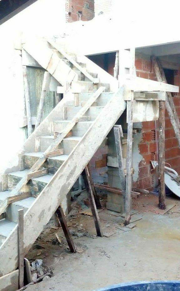 escada pronta por acabamento