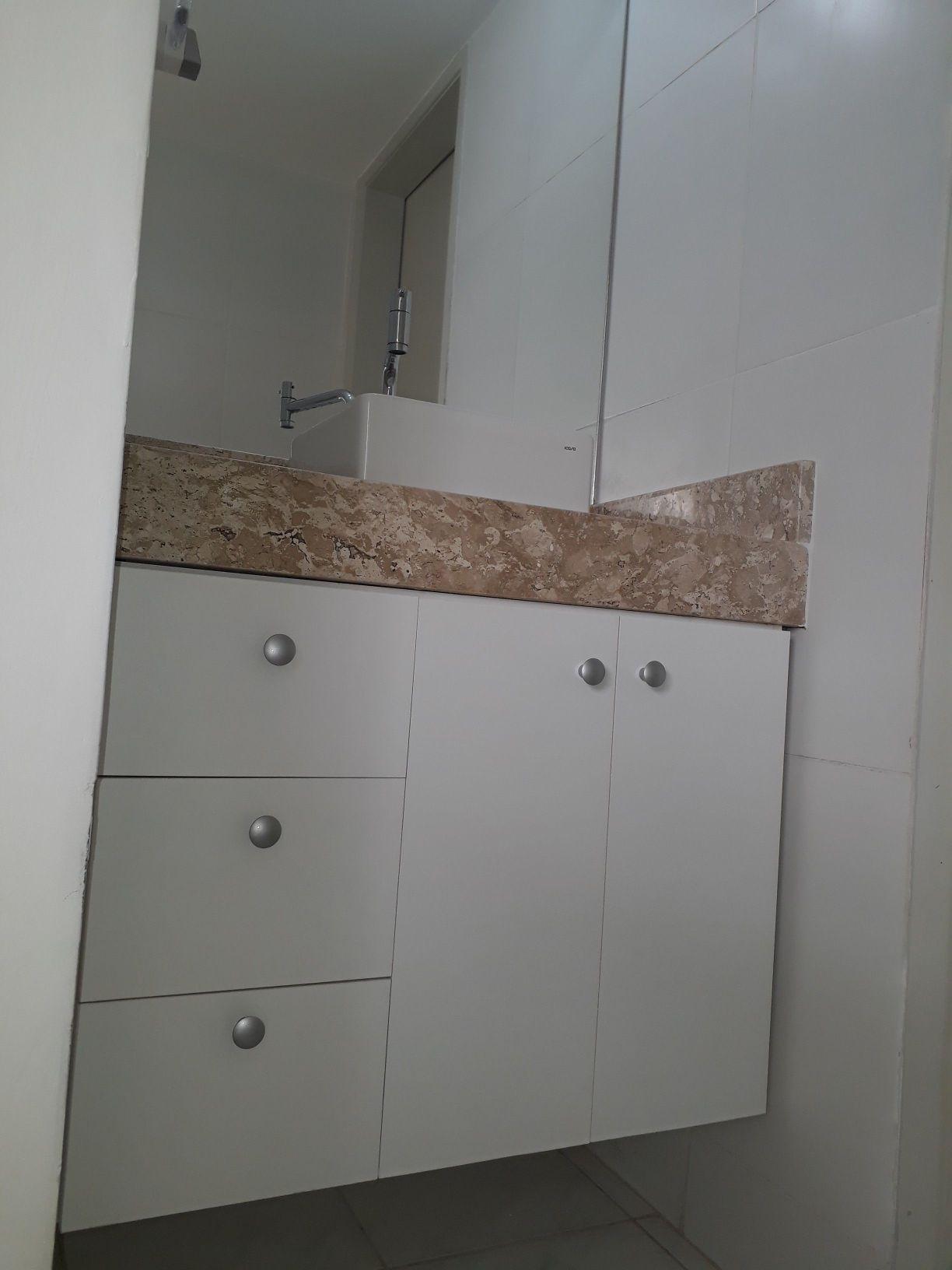 Gabinete para banheiro.