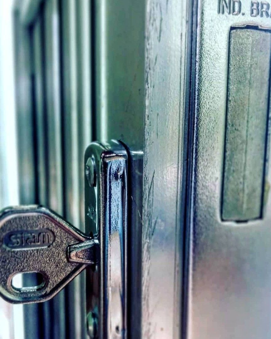 Instalação de fechaduras
