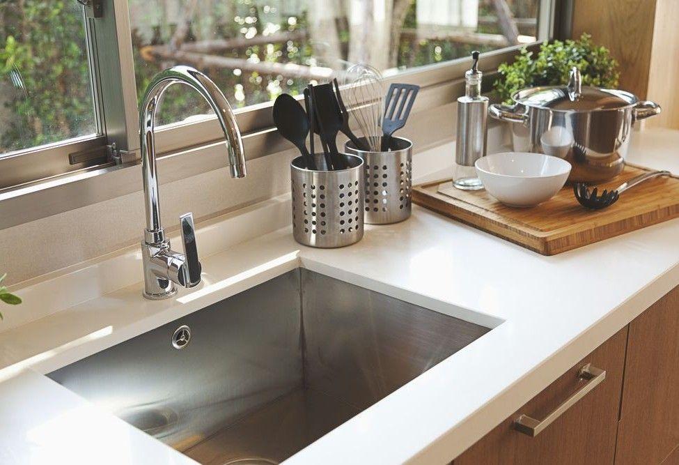cozinha limpa e organizada