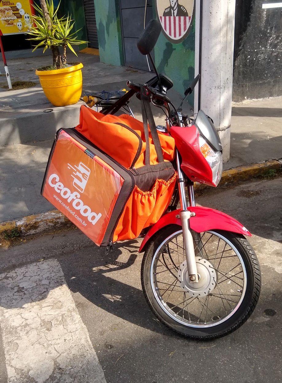 Entregas de Motoboy Com BAG peso até 10 kg.