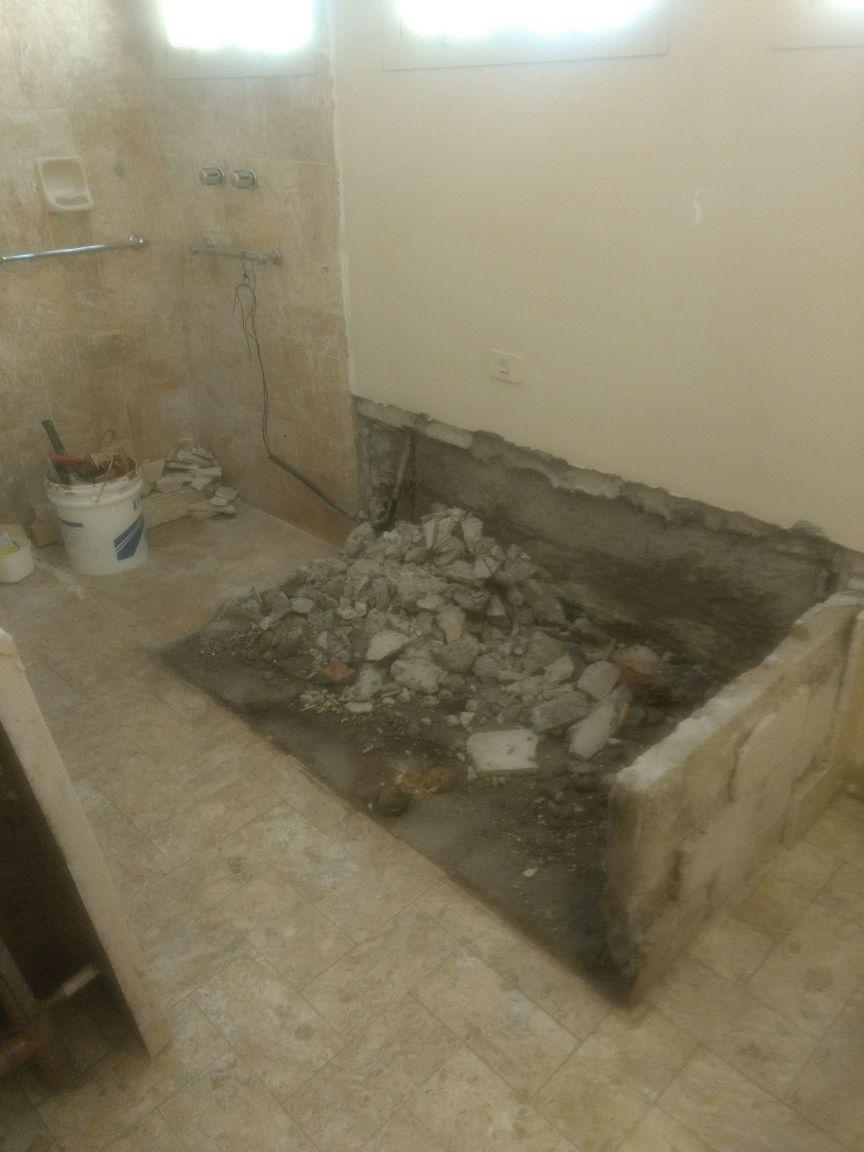 retirada da banheira e impermeabilização do piso