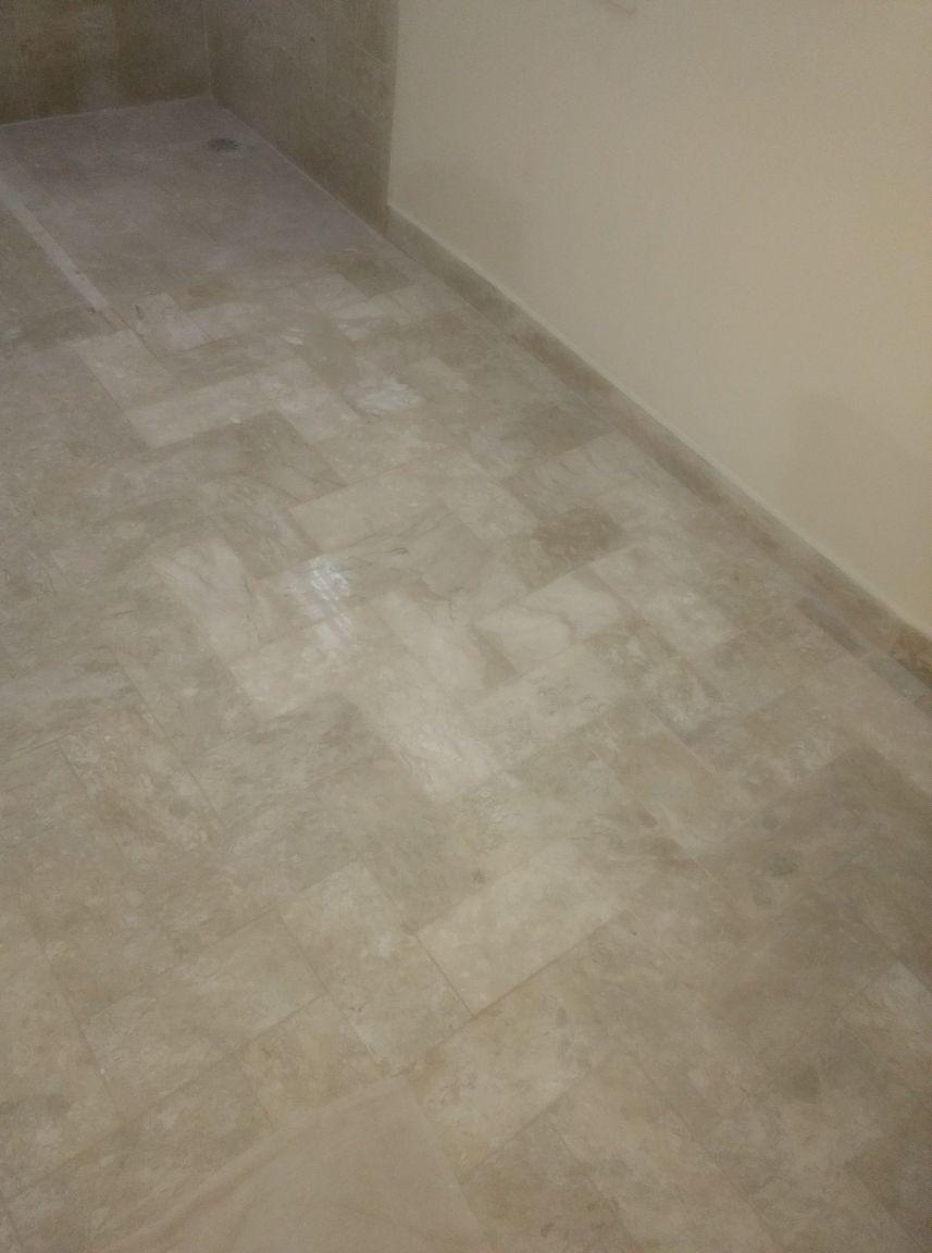 reparo no piso após eu ter retirado banheira suite
