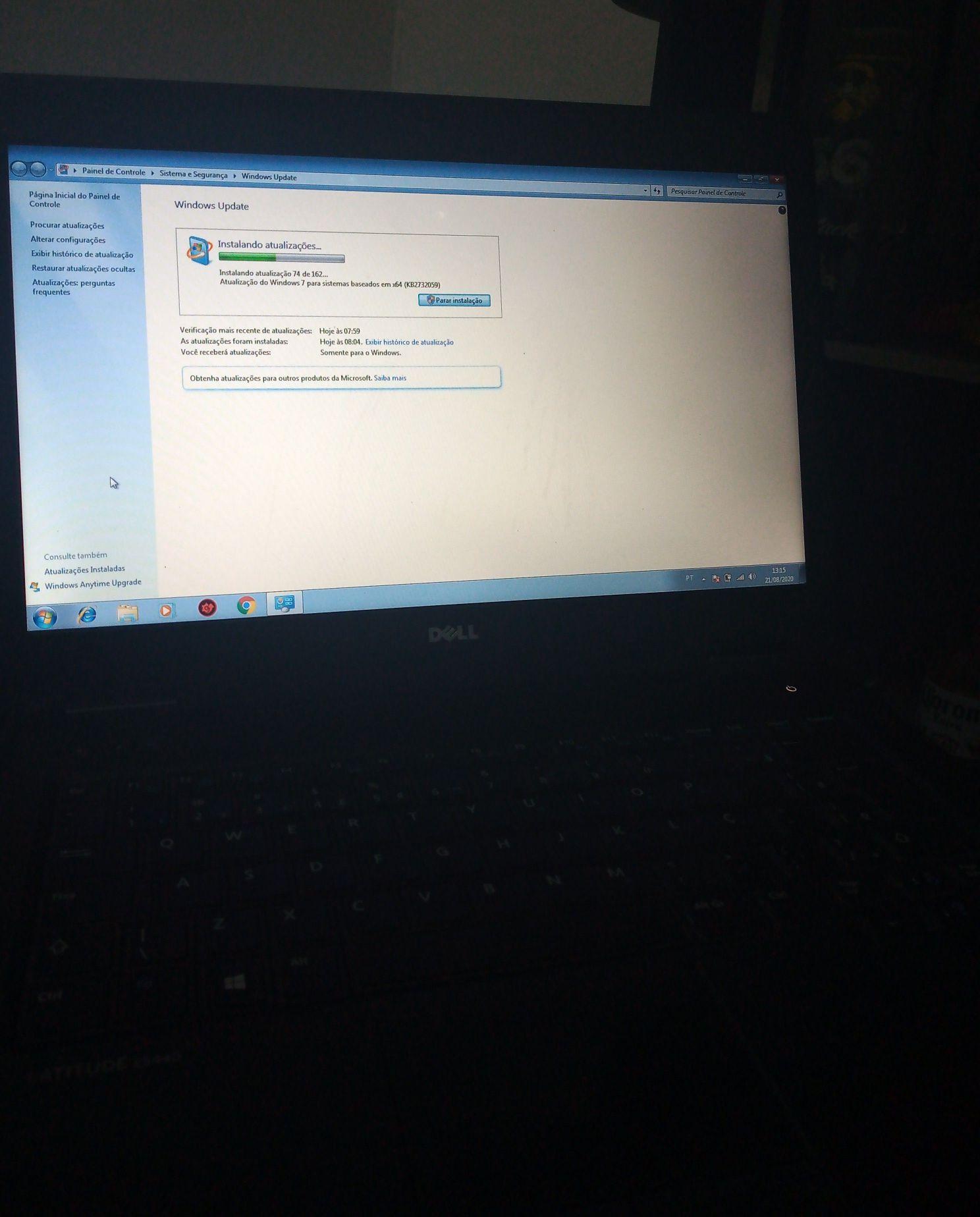 Notebook Dell pós limpeza e formatado para W7