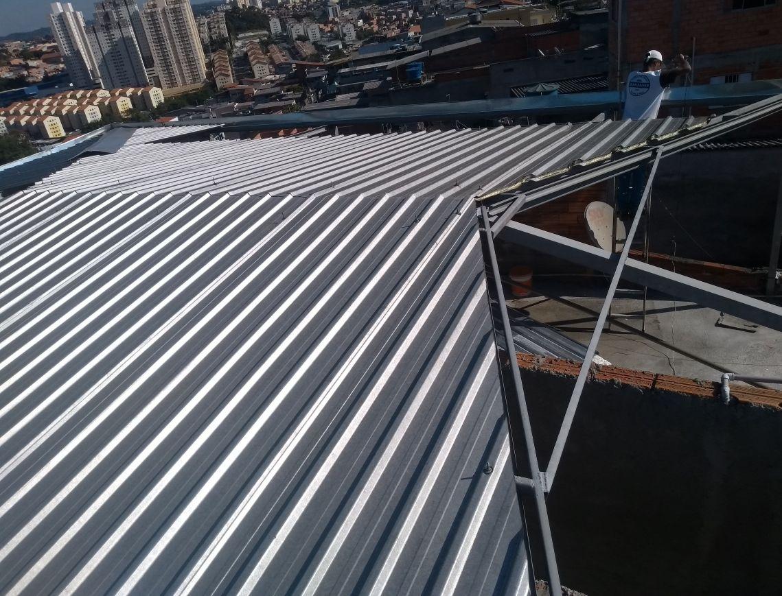 fabricação de telhado em instrutura metálica