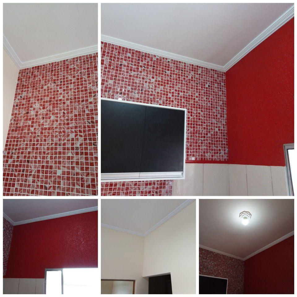 Pastilhas de vidros + pintura e grafiato vermelho