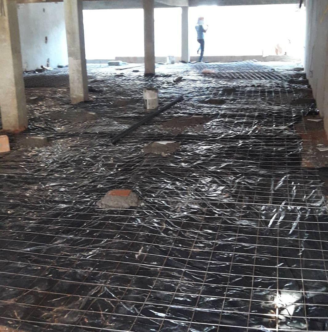 compactação e concretagem de 300m2 de garagem