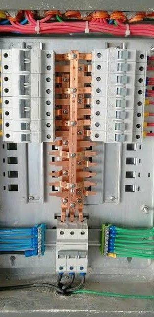 montagem de quadro elétrico conforme NBR5410