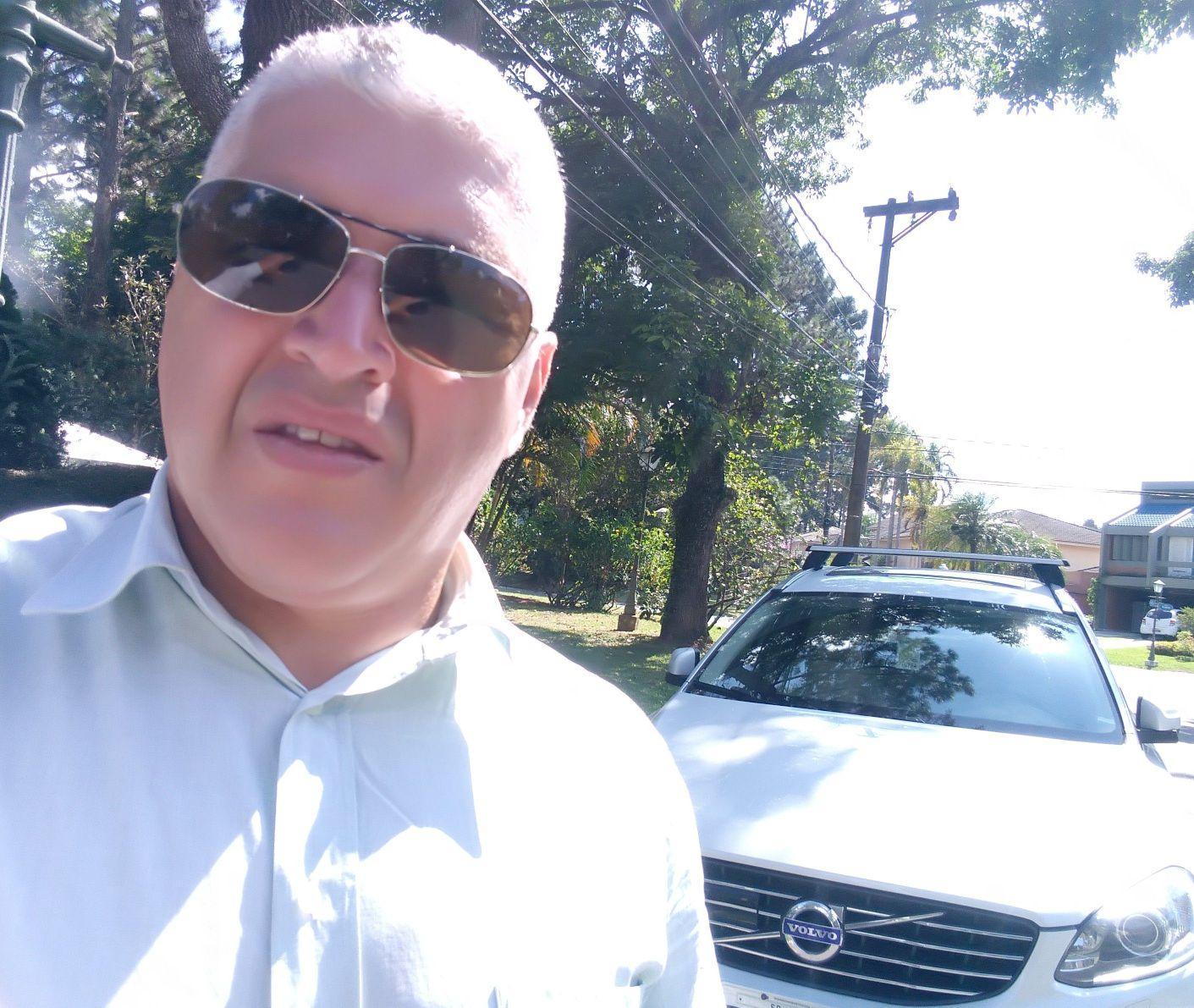 Em Santana do Parnaíba com veículo do cliente.