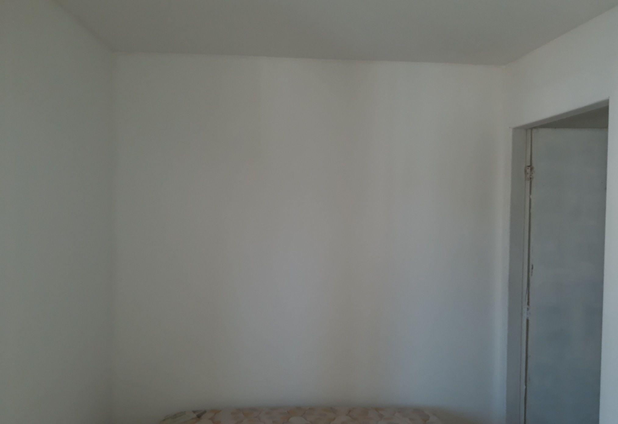 trincas fechadas e paredes pintadas