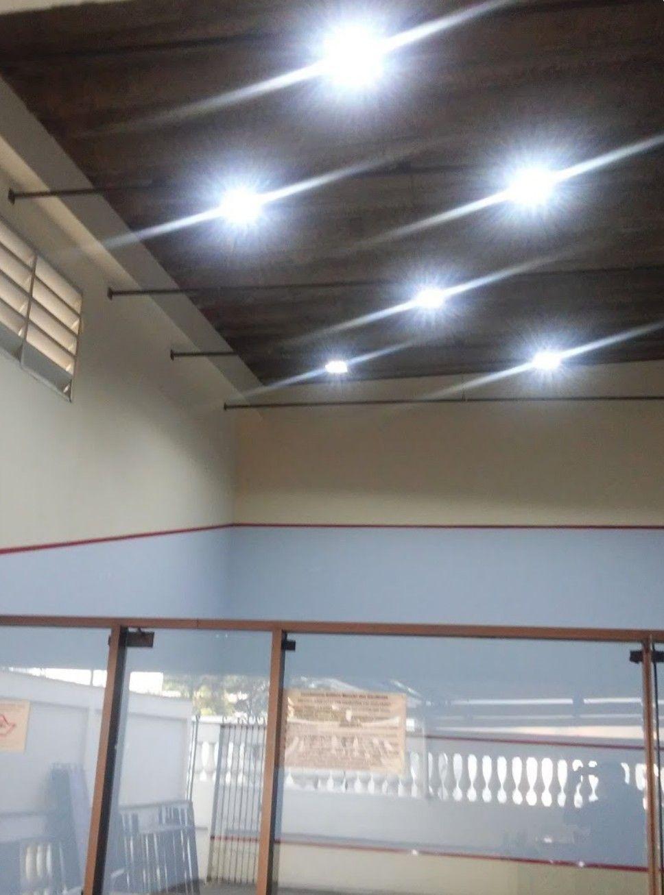 Quadra de Squash, luminária de led 100w