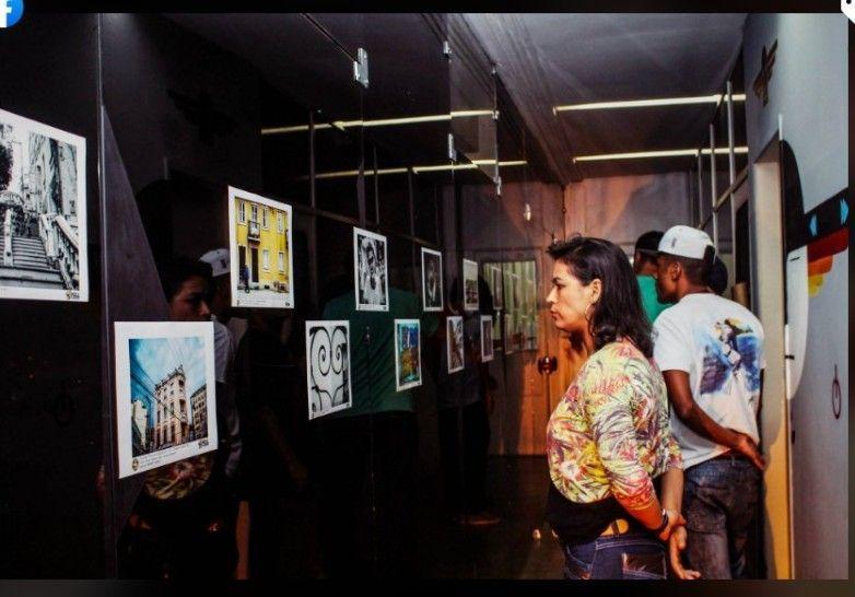 Exposição de alunos de fotografia CRJ - Vitória