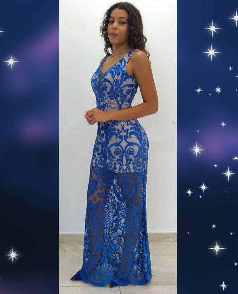 vestido nude em tule azul R$580,00 ou 4x R$145,00