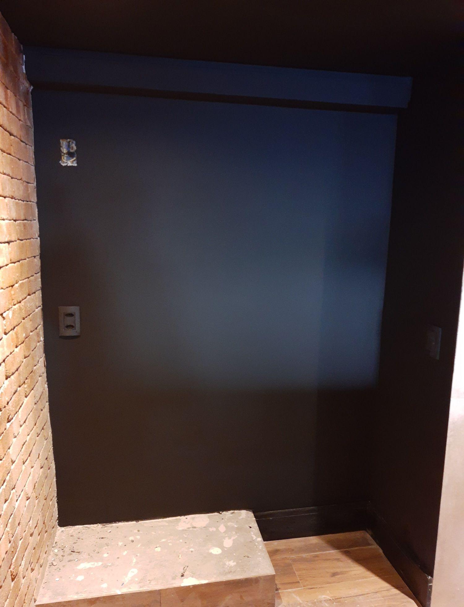 Reparo em parede com problema de infiltração