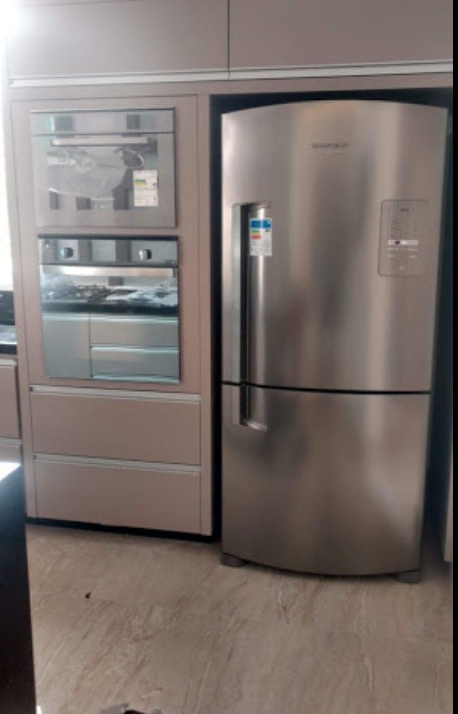 Forno eletrico +Forno Microondas + refrigerador
