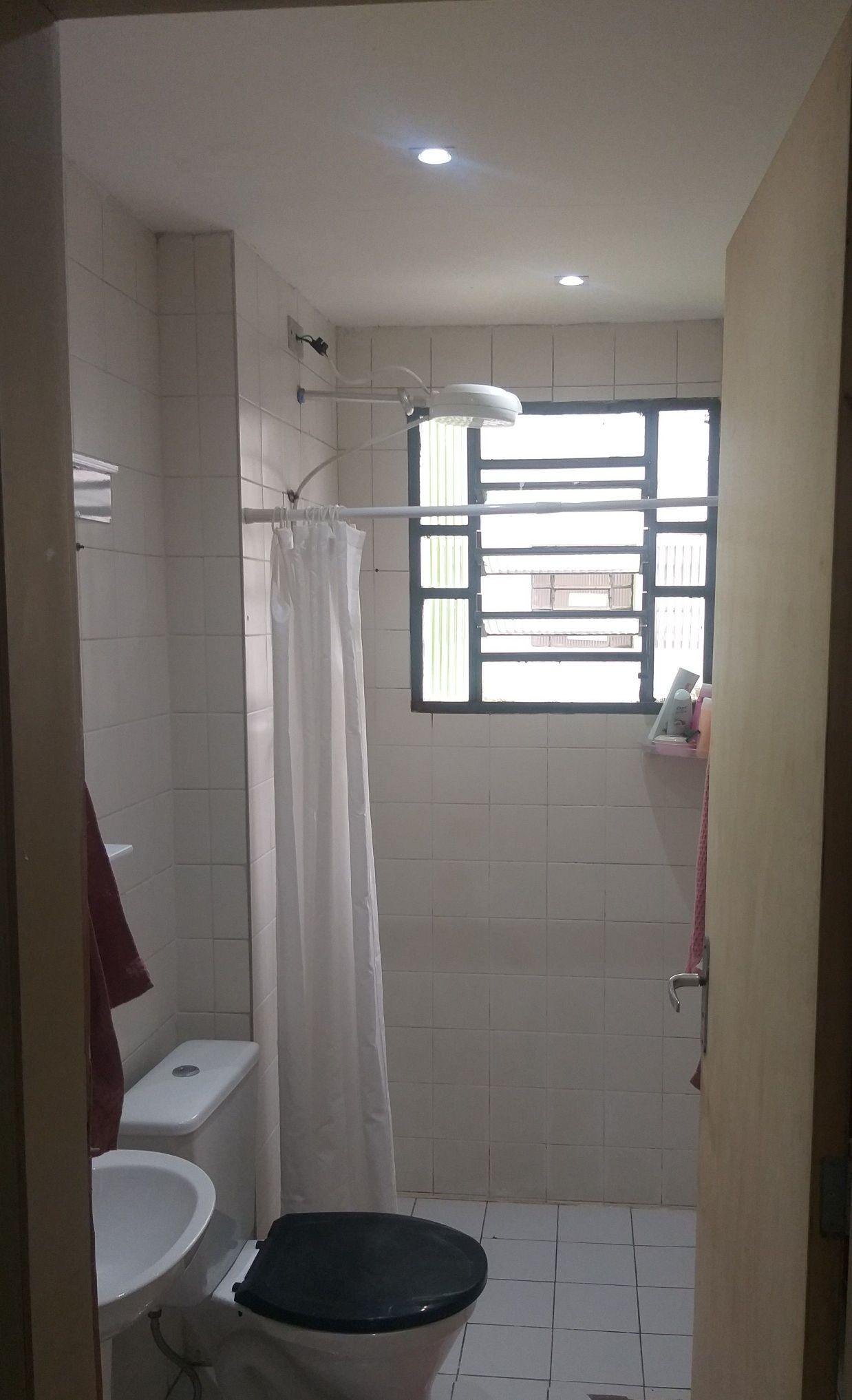 Instalação dicroica led no banheiro