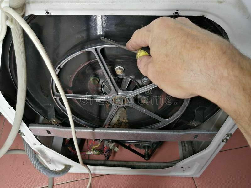 parte frontal maquina de lavar roupas