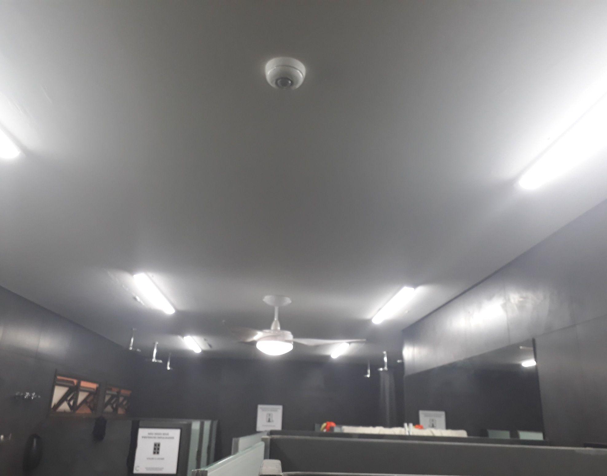 trocando iluminação