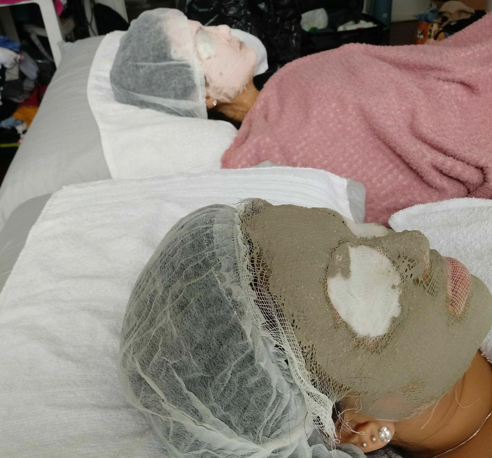 Limpeza de pele profunda  +argiloterapia